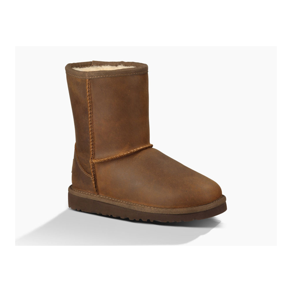 KIDS' UGG CLASSIC SHORT LEATHER CHESTNUT ON SALE
