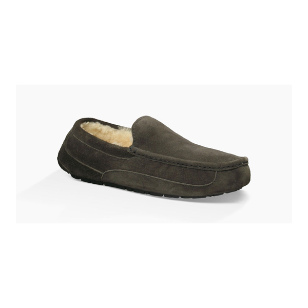 MEN'S UGG ASCOT CHARCOAL ON SALE